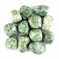 wholesale crystals online tumbled crystal green spot jade